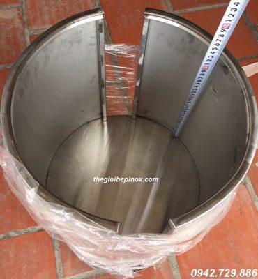 Ngăn trên xe đẩy vỉ nướng cao 35cm có thể chứa tới 20 vỉ nướng