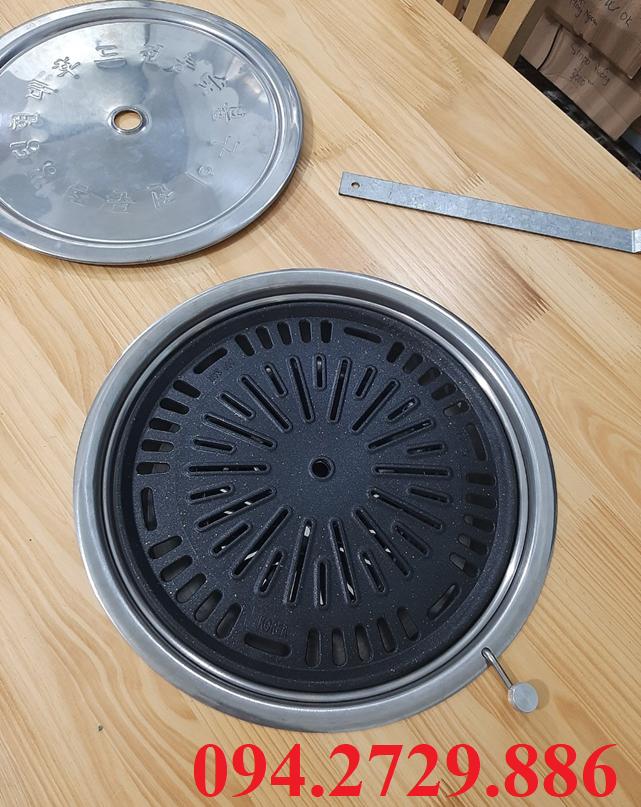 Vỉ gang chống dính bếp nướng than hoa không khói tại bàn bếp nướng hút dương chất lượng cao giá rẻ